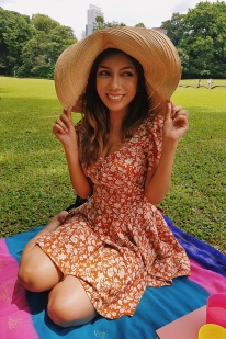 Picnic at the Istana.