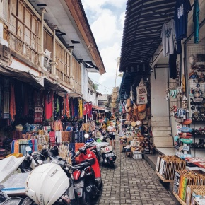 A Guide to Shopping in Ubud
